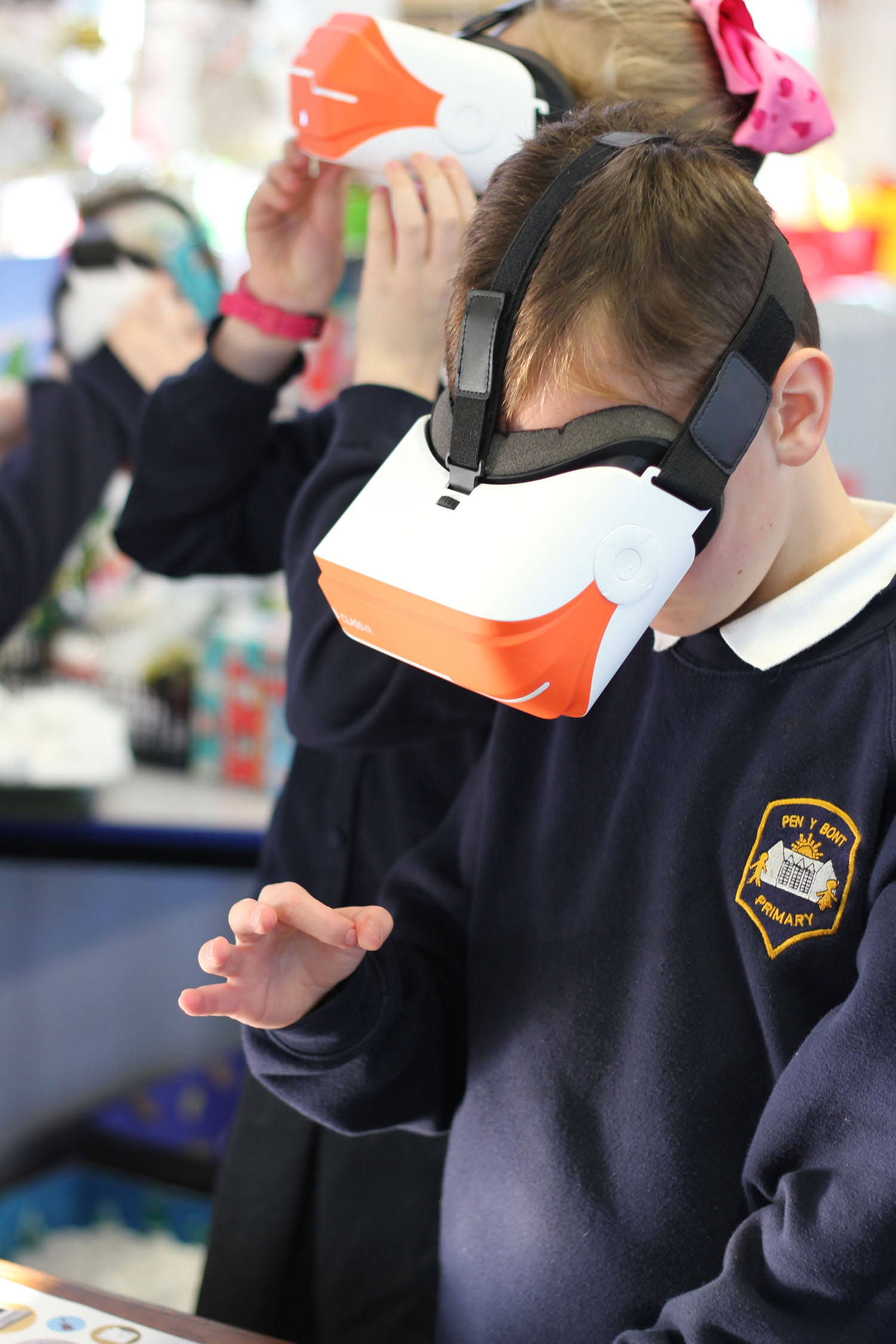 Pupil using a Virtual Reality Headset